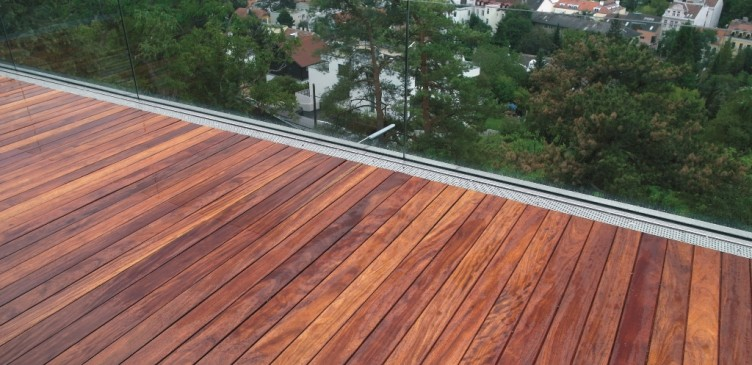 Elondo houten vloer roodbruin