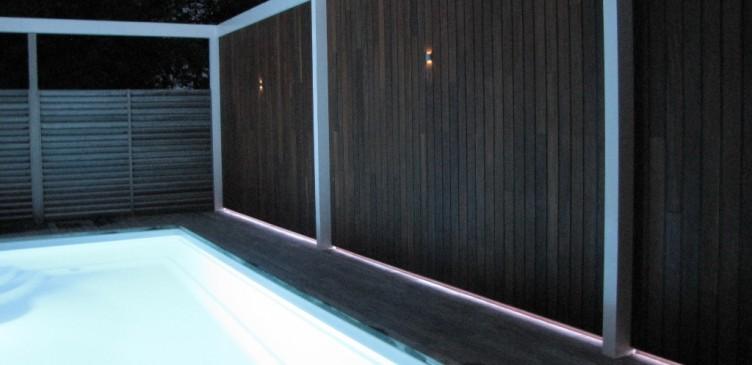 Gevelbekleding met LED strip